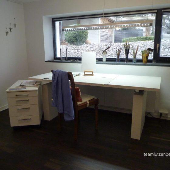 Malzimmer Tisch