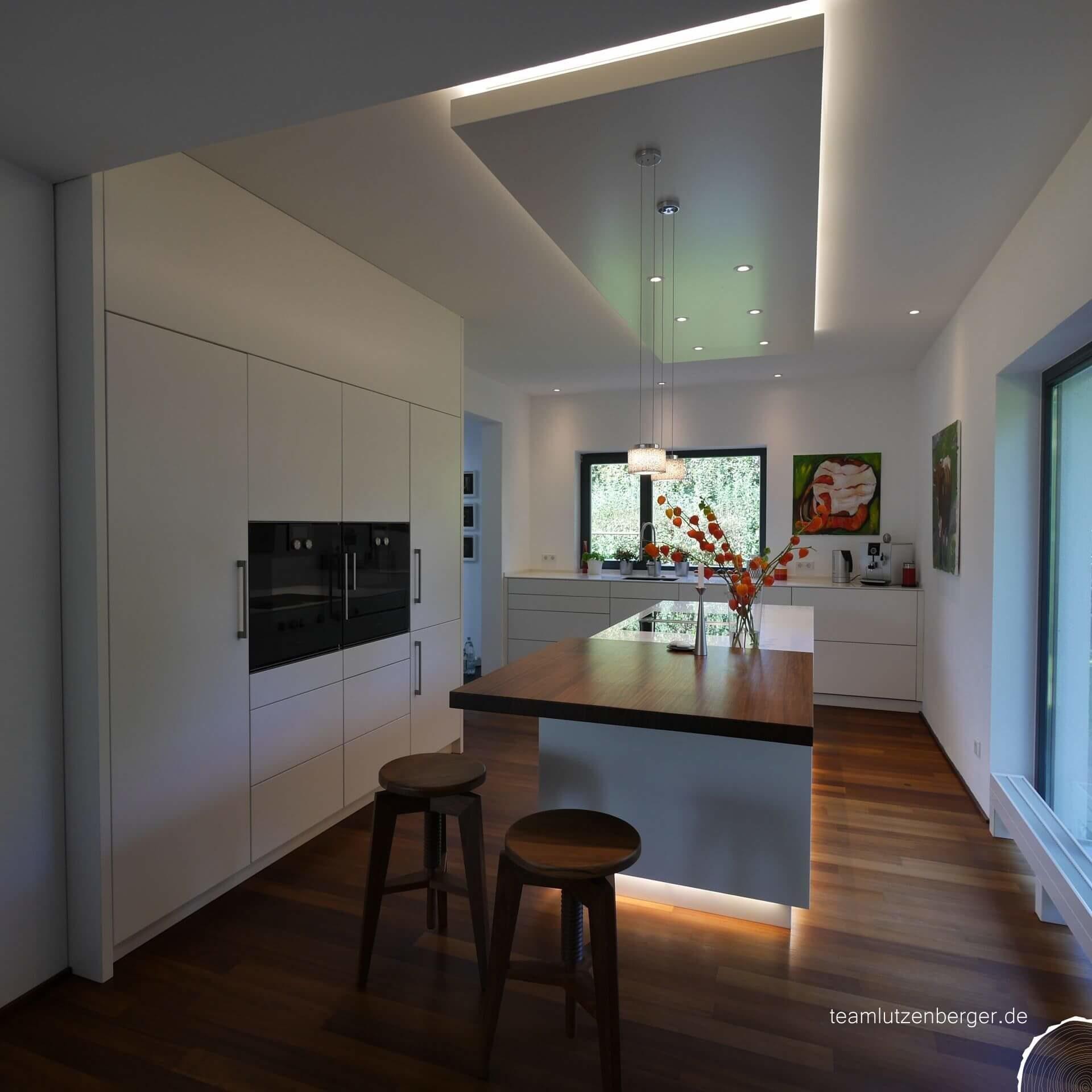Küche_modern_DeckensegelKüche_modern_Deckensegel