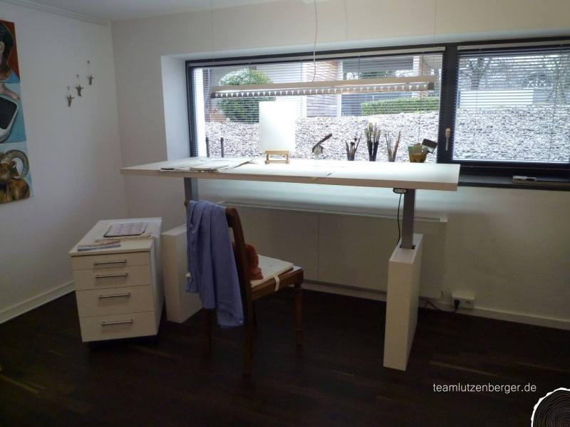 Malzimmer Tisch höhenverstellbar