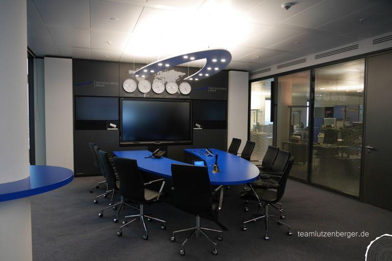 Konferenztisch-1.jpg
