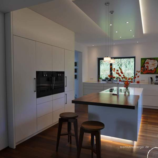 Küche_modern_Theke